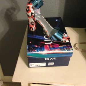 Tildon shoes from Nordstrom New in box size 9