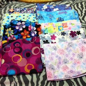 Other - Scrub tops that would go with navy pants :)
