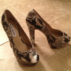 69% off Steve Madden Shoes - Steve Madden spike shoes from ...