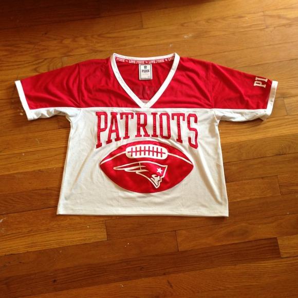 Cropped VS Pink Patriots Jersey. M 517e7b85b532130aaf046911 e6826e99e