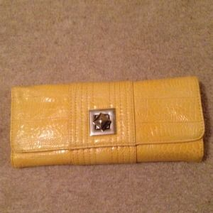 Yellow wallet!