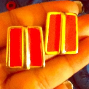 Accessories - Gold and pink earrings