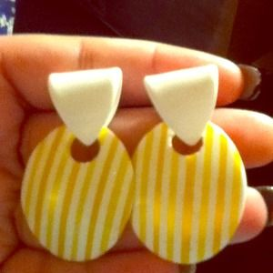 Accessories - White earrings with yellow stripes