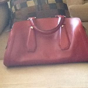 "Henri Bendel ""Straight up cool satchel"""