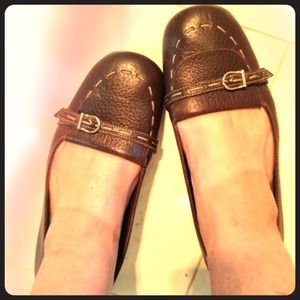 Kate Spade flats in brown