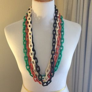 Target Jewelry - Black Chunky Acrylic Link Necklace