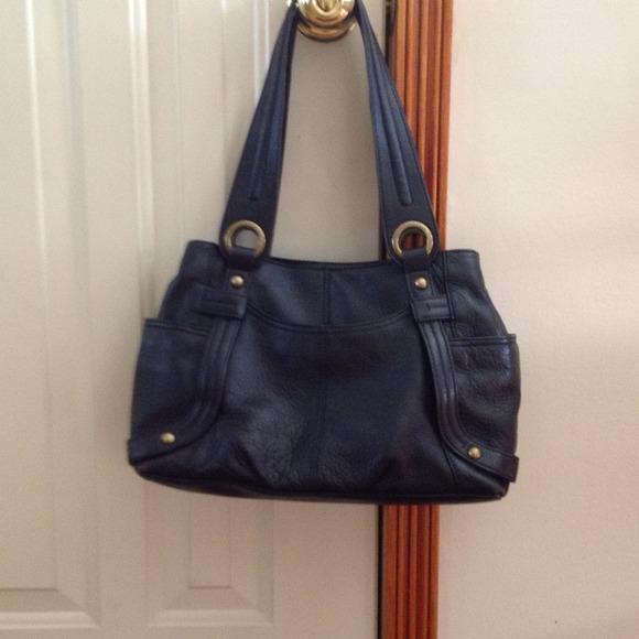 c2bfc4f5e4 ... Tignanello black leather handbag. M 51817e77d16c8b644c0161da. Other Bags  ...