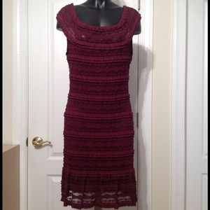 Sophie Max Dresses & Skirts - NWT!🌹SOPHIE MAX🌹Bordeaux Stretch Lace Dress