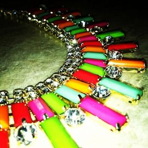 Jewelry - *NWT* Multi-Color Collar statement necklace