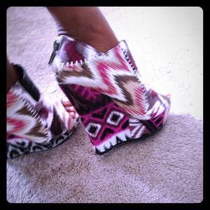 bamboo Shoes - 🚫✋On Hold✋🚫 Stylish Tribal wedge