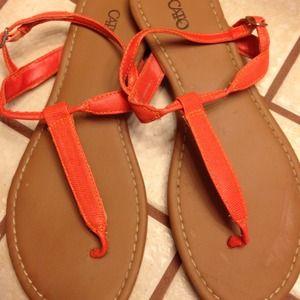 Sz 8 orange sandals