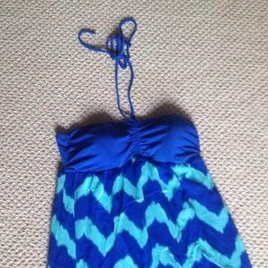Dresses & Skirts - Beautiful chiffon Maxi dress!!