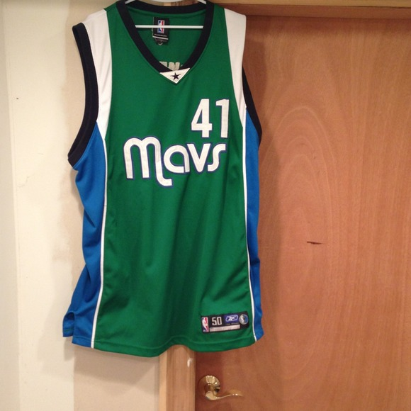 competitive price dcf08 6d98a Dirk Nowitzki Authentic Reebok Jersey
