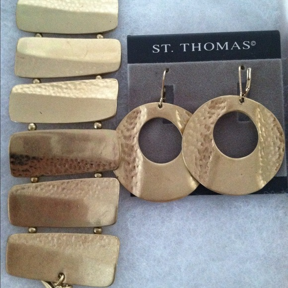 St Thomas Jewelry St Thomas Gold Tone Necklace Earring Set Poshmark