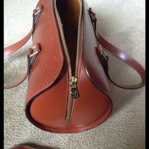 72ca1435e62f Louis Vuitton Bags - Flash sale Preowned authentic LV Soufflot