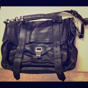 PS1 Medium Leather Black