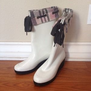 REDUCEDSperry white wedge rain boots! ☔