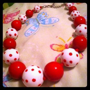 Jewelry - Adorable large, red and polka dot bead necklace