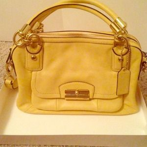 Authentic Coach buttercup Kristin satchel