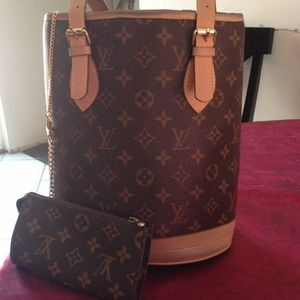 Handbags - Used inspired lv bucket bag
