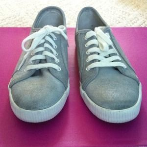keds Shoes - ✨HOST PICK!✨ Silver metallic Keds tennis shoes