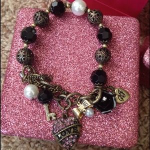 Betsey Johnson Jewelry - Betsy Johnson bracelet