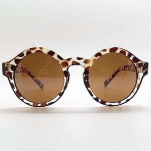 2X HOST PICKLeopard Print Round Sunglasses