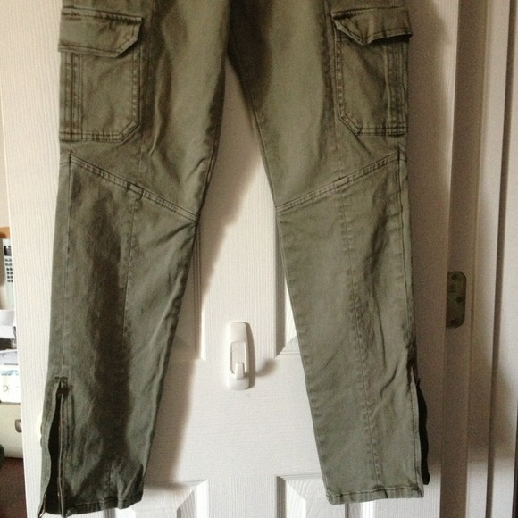 Forever 21 Pants - Army green Skinny Cargo Pants w/Ankle Zipper 3