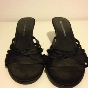 hillard and Hanson  Shoes - Black heels