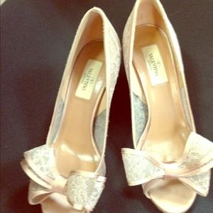 Valentino lace couture bow pump