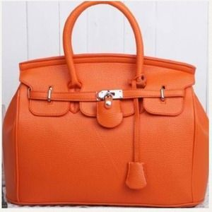 Handbags - Orange lock & key Birkin lookalike bag 🎀