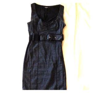 Dresses & Skirts - Pin striped dress with matching belt