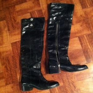 Pour La Victoire Black Leather Knee Boots