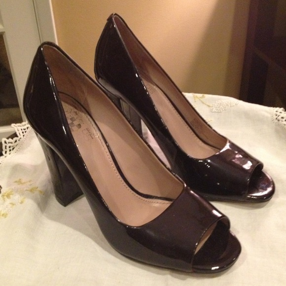 cheap sale for nice fashion Style for sale Vince Camuto Patent Leather Peep-Toe Pumps cheap sale outlet locations RXh95bS0