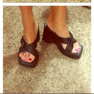 Exhilaration Shoes - 👡Exhilaration Sandals. Super Cute!!!👣