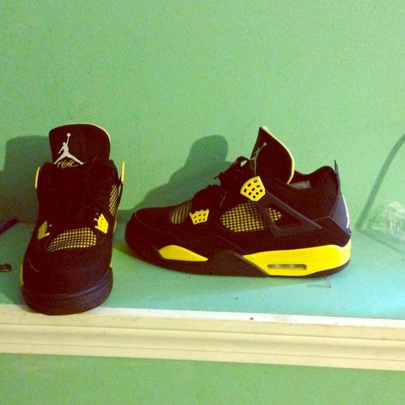 jordans Shoes | Thunder 4s 200 | Poshmark