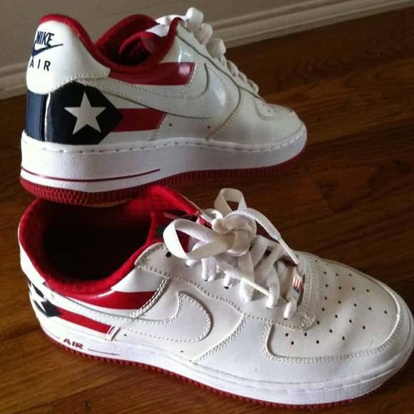 Nike Air Force  Puerto Rico Shoes