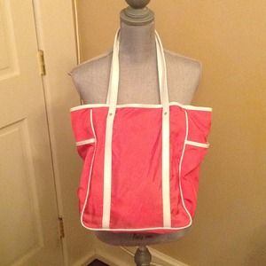 New Nordstrom hot pink tote w white croc piping