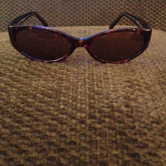 34cb8553b93 Reduced - Authentic Maui Jim women s sunglasses. M 51899609a9e41443ee01f6fe