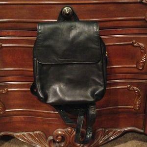 ✂ mini leather back pack ❤👜👍