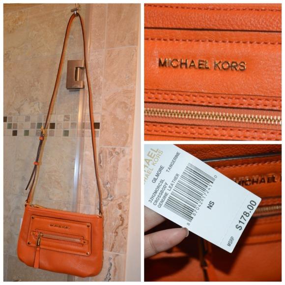 c29bfc4f9a05 michael kors gilmore crossbody black black and white purse macy's ...