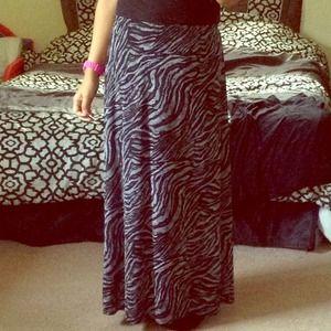 🔴SOLD🔴 Long Animal Print Skirt