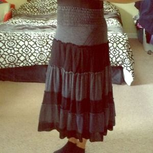 🔴SOLD🔴 Black and Grey Skirt