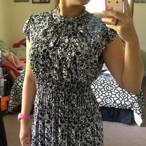 🔴SOLD🔴 Black & White Casual Dress