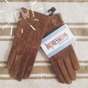 Accessories -  FINAL SALE  Brown Suede Gloves - Women's