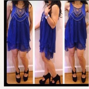 Dresses - Great wow color chiffon dress with gold studs New