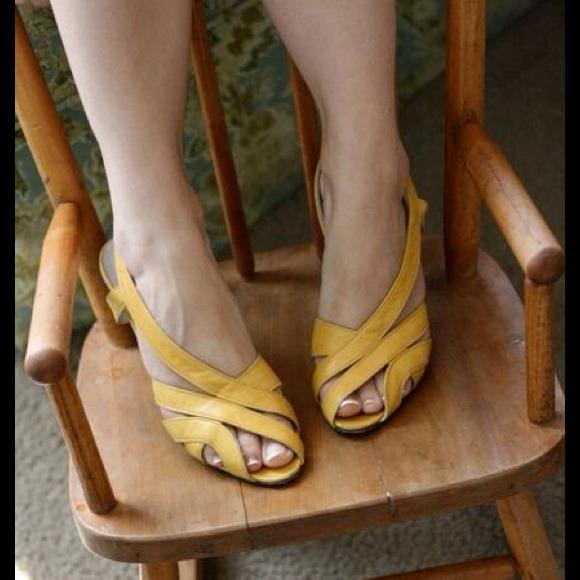 Vintage Mustard Peep Toe Heels | Poshmark