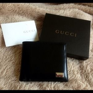 ✨BUNDLED✨New Authentic Mens Leather Gucci Wallet