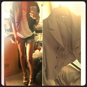 Gray blazer cropped size med