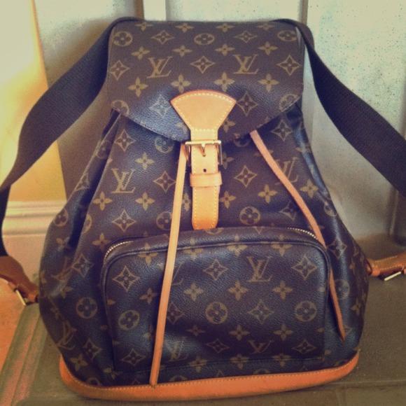 Louis Vuitton · M 518ebcc9c3c91578ea014e45 · Gently used LV ... b170c82b63564